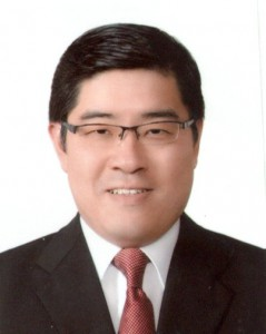 Mr Kenneth Tang